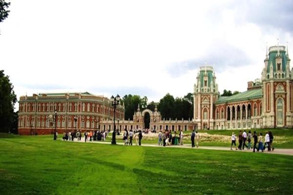 Больщой Дворец в Царицыно